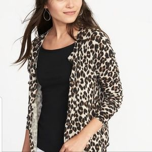 EUC Cheetah animal print crewneck cardigan sz M